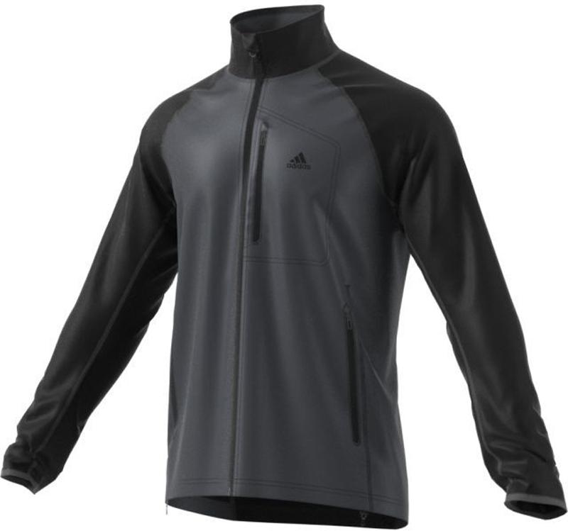 Куртка флисовая мужская Adidas Windfleece J, цвет: черный, темно-серый. AA1902. Размер 50AA1902Мужская куртка Adidas Windfleece выполнена из мягкого и теплого материала - поларфлиса. Поларфлис сохраняет тепло даже при отрицательной температуре. Модель классического покроя, с воротником-стойкой и длинными рукавами застегивается на застежку-молнию. Ветрозащитная вставка на лицевой стороне предусмотрена для сохранения тепла. Куртка оснащена боковыми карманами на молнии и нагрудным карманом на молнии. Для дополнительной защиты от ветра и сохранения тепла предусмотрены эластичные манжеты и регулируемый нижний край изделия.