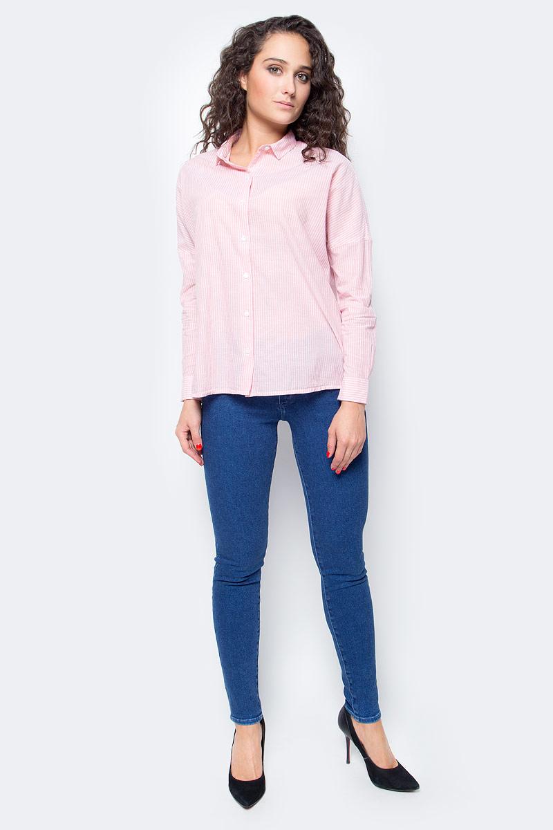 Блузка женская Wrangler, цвет: розовый. W5219LUTU. Размер M (44)W5219LUTUЖенская блузка от Wrangler выполнена из натурального хлопка Plain Weave, который контактирует с поверхностью кожи и выводит с нее пот, обеспечивая ощущение сухости и прохлады в любую погоду. Модель с длинными рукавами и отложным воротником застегивается на пуговицы. Блузка с заниженной линией плеча имеет свободный крой. Стильная комфортная модель для повседневного использования.