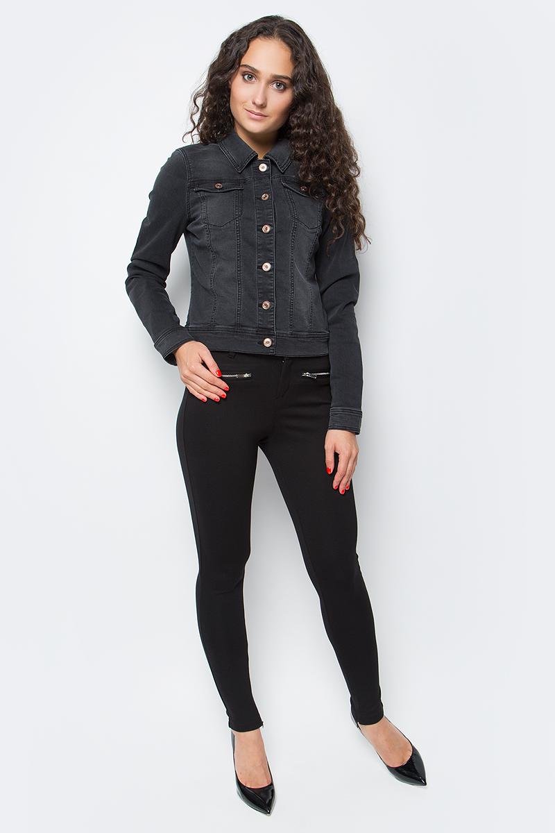 Куртка джинсовая женская Only, цвет: синий. 15138606_Black Denim. Размер 38 (44)15138606_Black DenimСтильная женская джинсовка Only разнообразит ваш повседневный гардероб. Укороченная модель прямого кроя с отложным воротничком выполнена из высококачественного эластичного материала и застегивается на пуговицы. Манжеты длинных рукавов также дополнены пуговицей. На полочке расположены два втачных кармана с клапанами на пуговицах. Модель подойдет для прогулок и дружеских встреч и будет отлично сочетаться с джинсами и брюками, а также гармонично смотреться с юбками. Мягкая ткань на основе полиэстера и эластана приятна на ощупь и комфортна в носке.