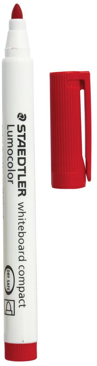Staedtler Маркер для доски Lumocolor цвет красный 341-2150999Высококачественный маркер для белой магнитно-маркерной доски. Не высыхает с открытым колпачком в течение нескольких дней. Чернила легко стираются с доски стирателем для магнитно-маркерной доски. Даже при сильном нажатии пишущий узел остается на месте.