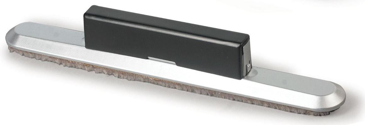 Nobo Стиратель для магнитно-маркерной доски 2в1235447Стиратель Nobo 2 в 1 состоит из двух частей: большая часть стирателя предназначена для очистки большого объема информации с маркерной доски, а маленькая часть - для исправления мелких помарок.