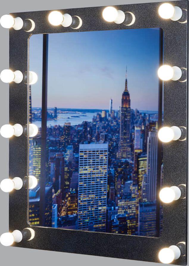 Гримерное зеркало - идеальное дополнение к дизайну вашего дома. Стильное и практичное,  выполненное из высококачественных материалов, гримерное зеркало превосходно впишется  абсолютно в любой интерьер. Это зеркало будет идеальным помощником для каждой  женщины, в процессе создания собственного неповторимого образа.  К зеркалу подходят лампы с цоколем Е14.    УВАЖАЕМЫЕ КЛИЕНТЫ!   Обращаем ваше внимание на тот факт, что лампочки в комплект не входят.