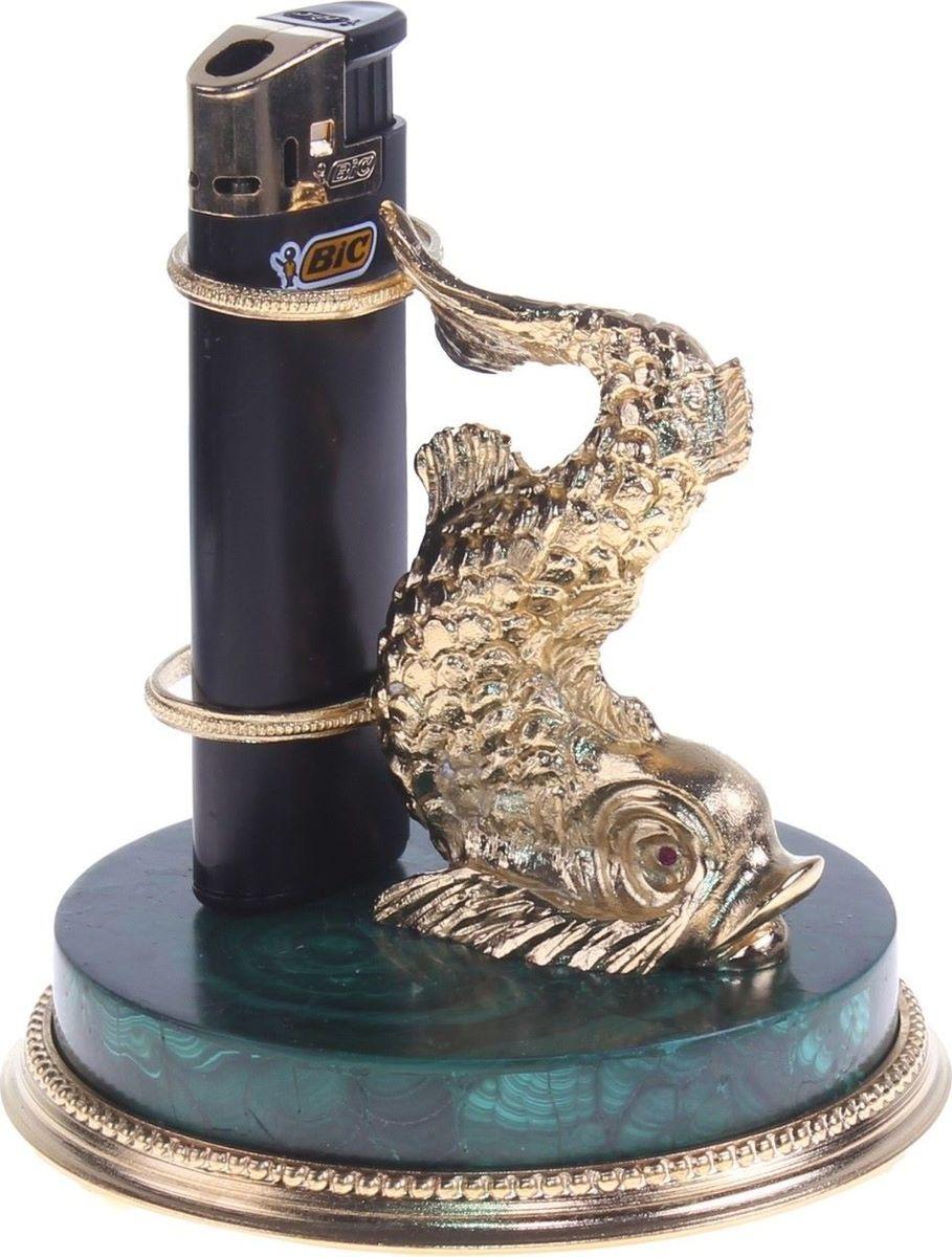 Подставка под зажигалку Сентябревъ Золотая рыба, 12 х 11,5 х 12 см182824Перед вами — сувенир в полном смысле этого слова. И главная его задача — хранить воспоминание о месте, где вы побывали, или о том человеке, который подарил данный предмет. Преподнесите эту вещь своему другу, и она станет достойным украшением его дома.