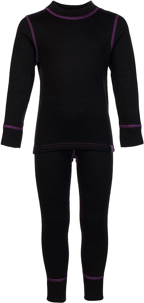 Комплект термобелья для девочки Oldos Active Warm Plus: футболка с длинным рукавом, леггинсы, цвет: черный, сливовый. 003ДН. Размер 164, 14 лет003ДНКомплект термобелья для девочки Oldos Active Warm Plus состоит из футболки с длинным рукавом и леггинсов. Комплект изготовлен из трехслойного полотна, представляющего собой вязаную ткань многослойного плетения TermoActive. Комбинация натуральных и синтетических слоев позволяет максимально сохранить тепло и при этом отвести избыточную влагу. Плоские швы изделия не вызывают раздражений. Изнаночная сторона модели с теплым и мягким начесом.Футболка с длинными рукавами имеет круглый вырез горловины. На рукавах предусмотрены манжеты. Эластичный пояс на леггинсах обеспечивает комфортную посадку изделия на фигуре. Брючины дополнены широкими манжетами. Комплект оформлен контрастной прострочкой.Трехслойное термобелье Oldos Active снижает теплопотери организма в холодную погоду, добавляет ощущение комфорта, защищает организм от перегрева во время физических нагрузок. Термобелье может применяться при активном отдыхе, а также при повседневной носке. Рекомендуемый температурный режим от -5°С до -45°С.