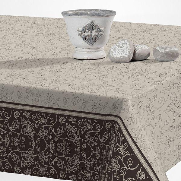 Скатерть Protec Textil Alba. Уни, прямоугольная, цвет: серый, бежевый, 120 х 140 см6133Эксклюзивная и стильная скатерть коллекции Alba в индивидуальной упаковке. Скатерть состоит на 80% из хлопка и на 20% из полиэстера. Специальная обработка придает ткани термостойкость и влагоустойчивость. Технология производства изделий отвечает новейшим европейским стандартам. Полотна отличаются высочайшими качественными характеристиками: высокими показателями износостойкости, цветостойкости и цветопередачи, прочности ткани на разрыв, низкими показателями истираемости полотна при мнокократном использовании изделия. Скатерть обладает высокой плотностью, не скользит и не перемещается на поверхности стола, легко протирается влажной тканью, возможна деликатная стирка при температуре не выше 30 градусов. Коллекция скатертей Alba - это тренд современной хозяйки, которая предпочитает стиль и качество в сочетании с практичностью.