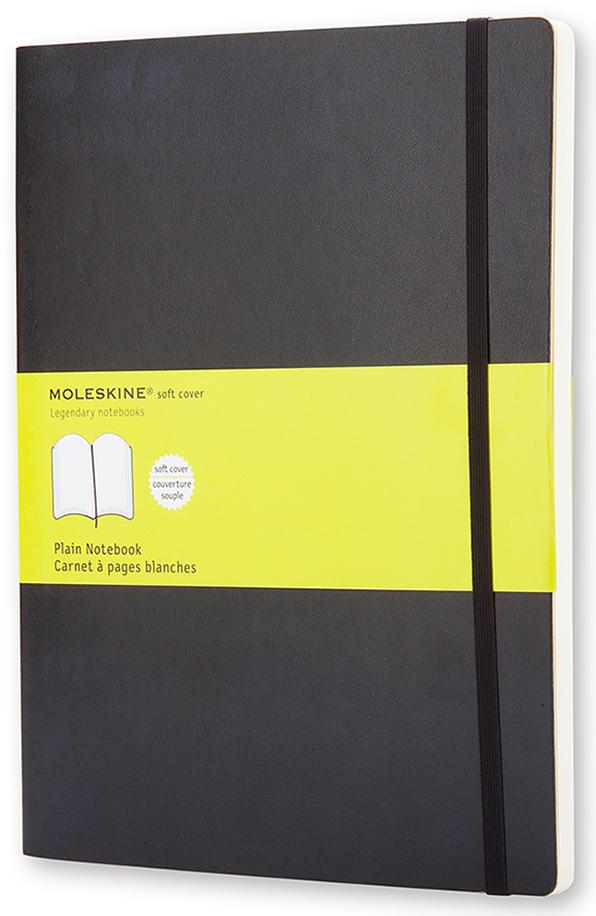 Moleskine Записная книжка Classic Soft Хlarge 96 листов без разметки цвет черный385253Эргономичная нелинованная записная книжка Moleskine Classic в мягкой, но прочной обложке легко помещается в свернутом виде в карман. Она станет надежным спутником в путешествии и идеально подойдет для записи мыслей и заметок. Этот продукт выполнен в шитом переплете с мягкой обложкой со закругленными углами, закладкой, эластичной застежкой и вместительным внутренним карманом, куда вложена карточка с историей Moleskine.