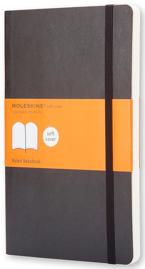 Moleskine Записная книжка Classic Soft Pocket 96 листов в линейку цвет черный385246Эргономичная записная книжка размера pocket в линейку в мягкой, но прочной обложке легко помещается в карман. Она станет надежным спутником в путешествии и идеально подойдет для записи мыслей и заметок. Этот продукт выполнен в шитом переплете с мягкой обложкой со закругленными углами, закладкой, эластичной застежкой и вместительным внутренним карманом, куда вложена карточка с историей Moleskine.