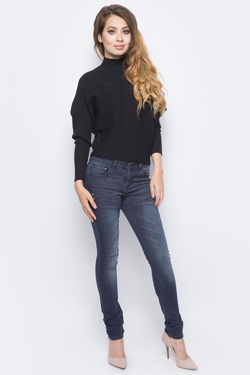 Джинсы женские Sela, цвет: темно-синий джинс. PJ-135/624-7361. Размер 25-32 (40-32)PJ-135/624-7361Женские джинсы от Sela выполнены из эластичного хлопка. Модель силуэта Skinny имеет пятикарманный крой: спереди – два втачных кармана и один маленький кармашек, сзади – два накладных кармана. Джинсы в поясе застегиваются на пуговицу, имеют ширинку на застежке-молнии и шлевки для ремня.