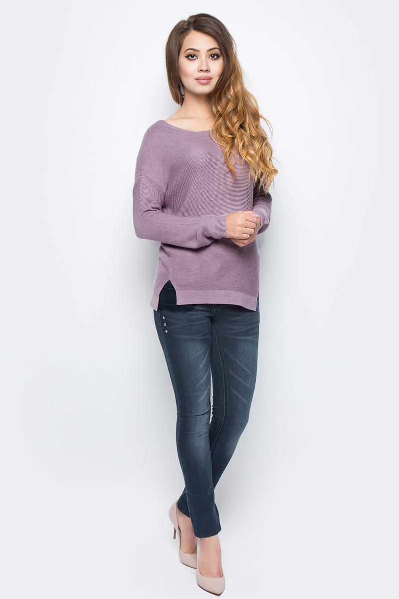 Джемпер женский Sela, цвет: серо-фиолетовый меланж. JR-114/1250-7321. Размер S (44)JR-114/1250-7321Женский джемпер от Sela выполнен из вискозного материала. Модель с длинными рукавами со спущенным плечом и круглым вырезом горловины. По бокам имеются небольшие разрезы.
