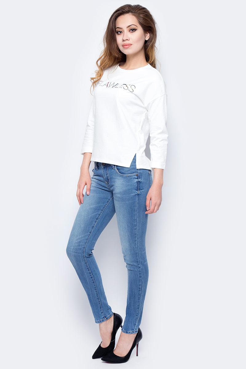 Джинсы женские Sela, цвет: синий джинс. PJ-335/589-7311. Размер 31-32 (48-32)PJ-335/589-7311Женские джинсы от Sela выполнены из эластичного хлопка. Модель силуэта Skinny имеет пятикарманный крой: спереди – два втачных кармана и один маленький кармашек, сзади – два накладных кармана. Джинсы в поясе застегиваются на пуговицу, имеют ширинку на застежке-молнии и шлевки для ремня.