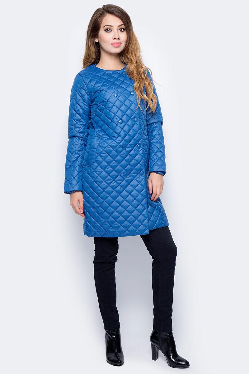 Пальто женское Sela, цвет: темно-бирюзовый. Cep-126/1006-7311. Размер M (46)Cep-126/1006-7311Стеганое женское пальто-кокон от Sela выполнено из курточной ткани с утеплителем из синтепона. Модель свободного кроя застегивается на кнопки, по бокам дополнена втачными карманами.