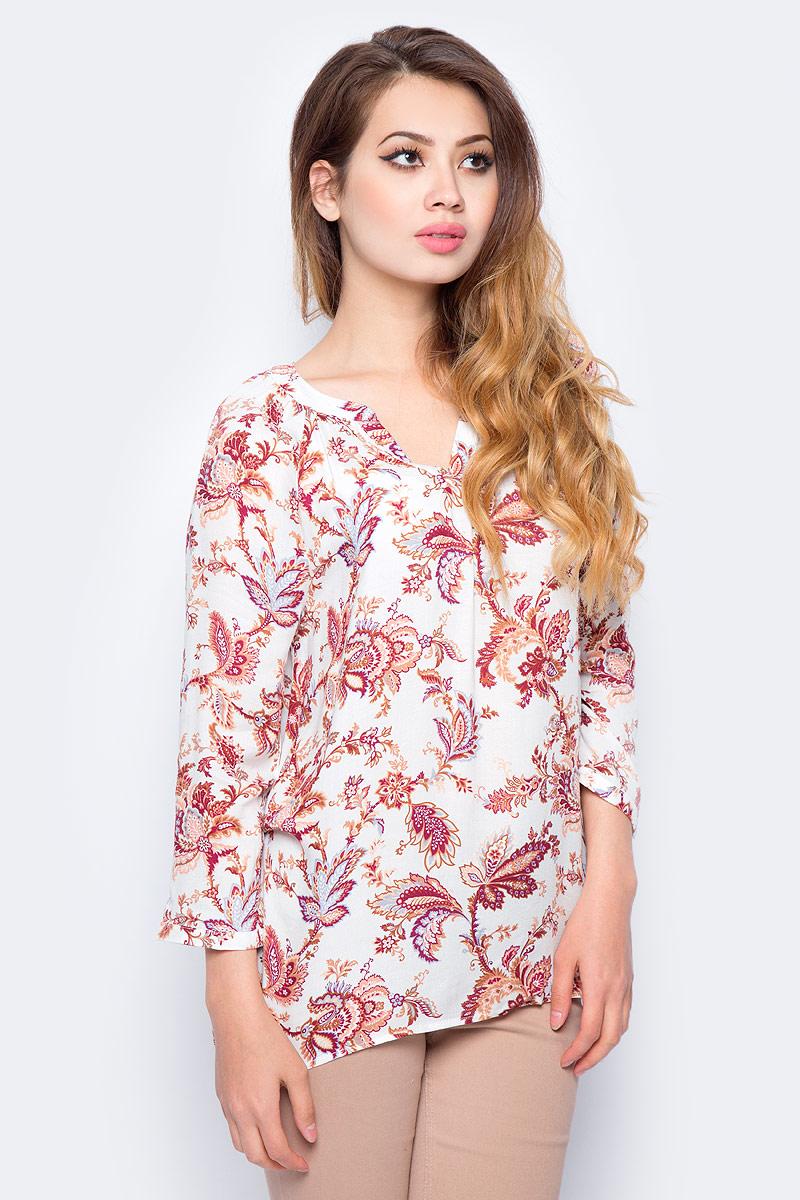 Блузка женская Sela, цвет: молочный. B-112/1276-7380. Размер 42B-112/1276-7380Женская блузка от Sela выполнена из вискозного материала. Модель свободного кроя с рукавами длиной 3/4 застегивается на пуговицы.
