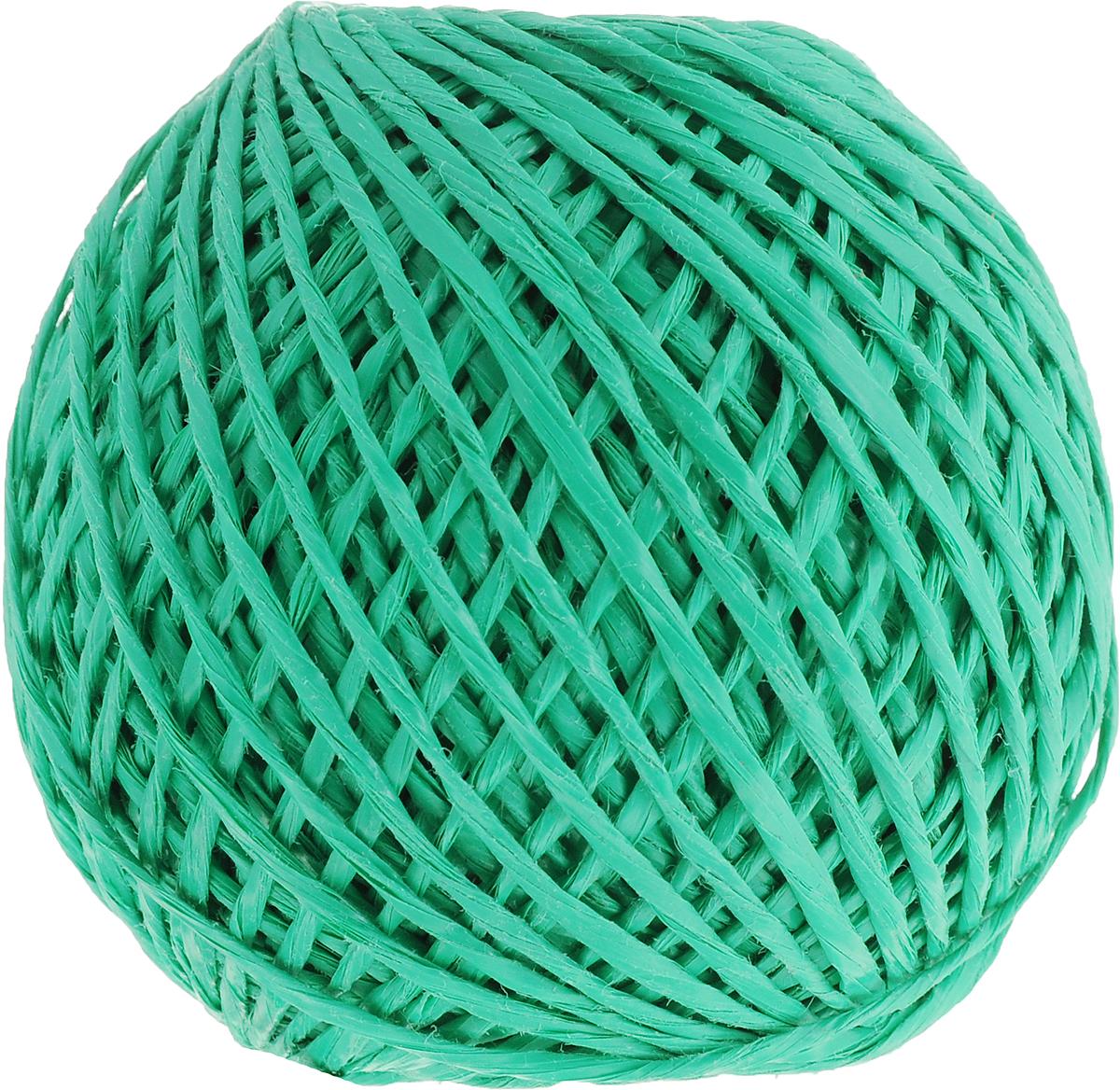 Шпагат Шнурком, цвет: зеленый, длина 100 мШпп_100_зеленыйПолипропиленовый шпагат Шнурком плотностью 1000 текс входит в категорию веревочной продукции, сырьем для которой являются синтетические волокна, в частности полипропиленовая нить. Данный материал характеризуется высокой прочностью и стойкостью к износу. Кроме того, он эластичен, гибок, не боится многократных изгибов, плотно облегает изделие при обвязке и легко завязывается в крепкие узлы. Относительная удельная плотность полипропиленовых шпагатов варьируется от 0,70 до 0,91 кг/м3. Температура плавления от 150 до 170°C (в зависимости от вида и модели шпагата). Удлинение под предельной нагрузкой (18-20%).Длина шпагата: 100 м. Толщина нити: 2 мм. Линейная плотность шпагата: 1000 текс.