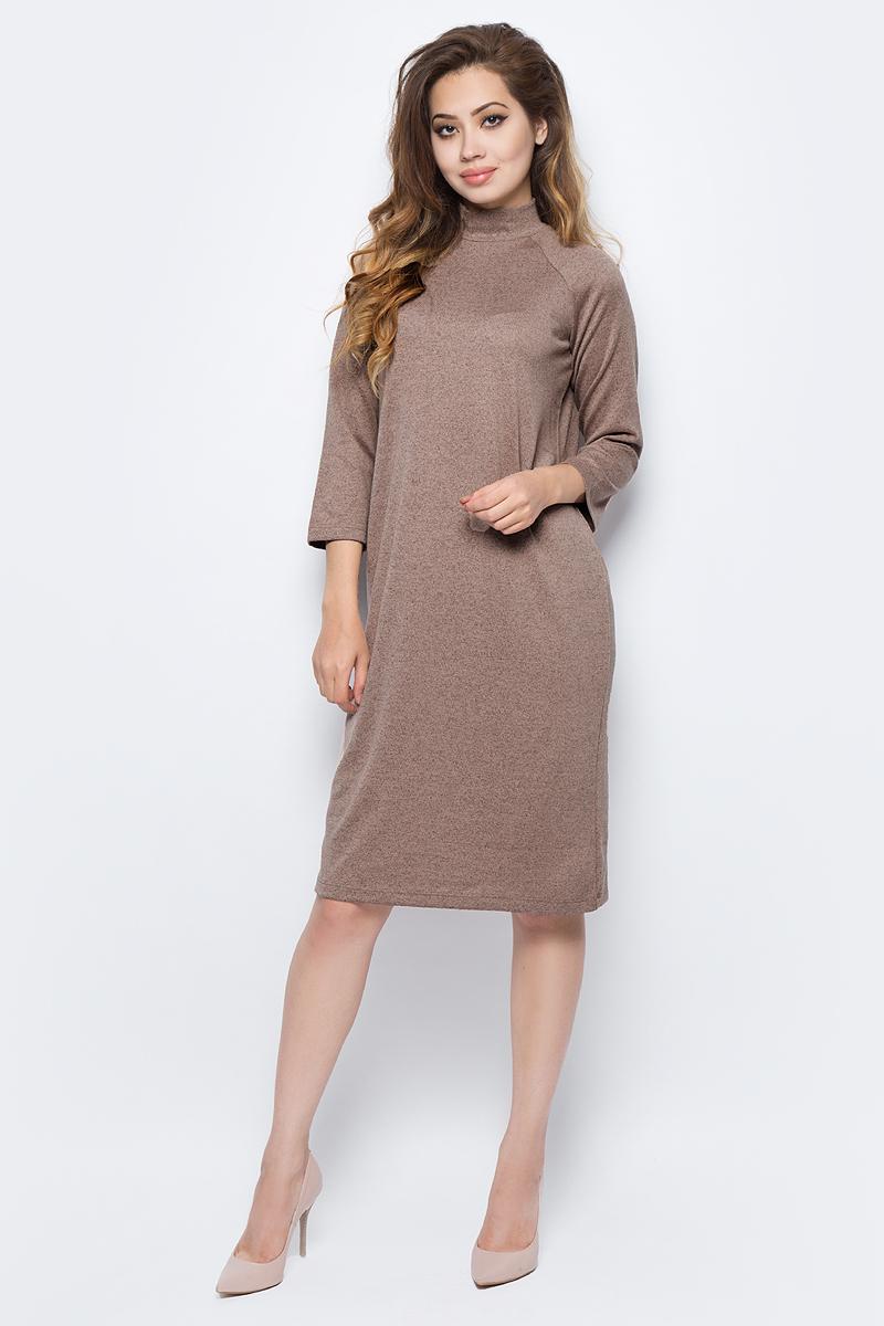 Платье Sela, цвет: молочный какао меланж. DK-117/1221-7321. Размер S (44)DK-117/1221-7321Стильное платье от Sela выполнено из высококачественного материала. Модель прямого силуэта с рукавами-реглан 3/4 и воротником-стойкой на спине застегивается на потайную застежку-молнию.