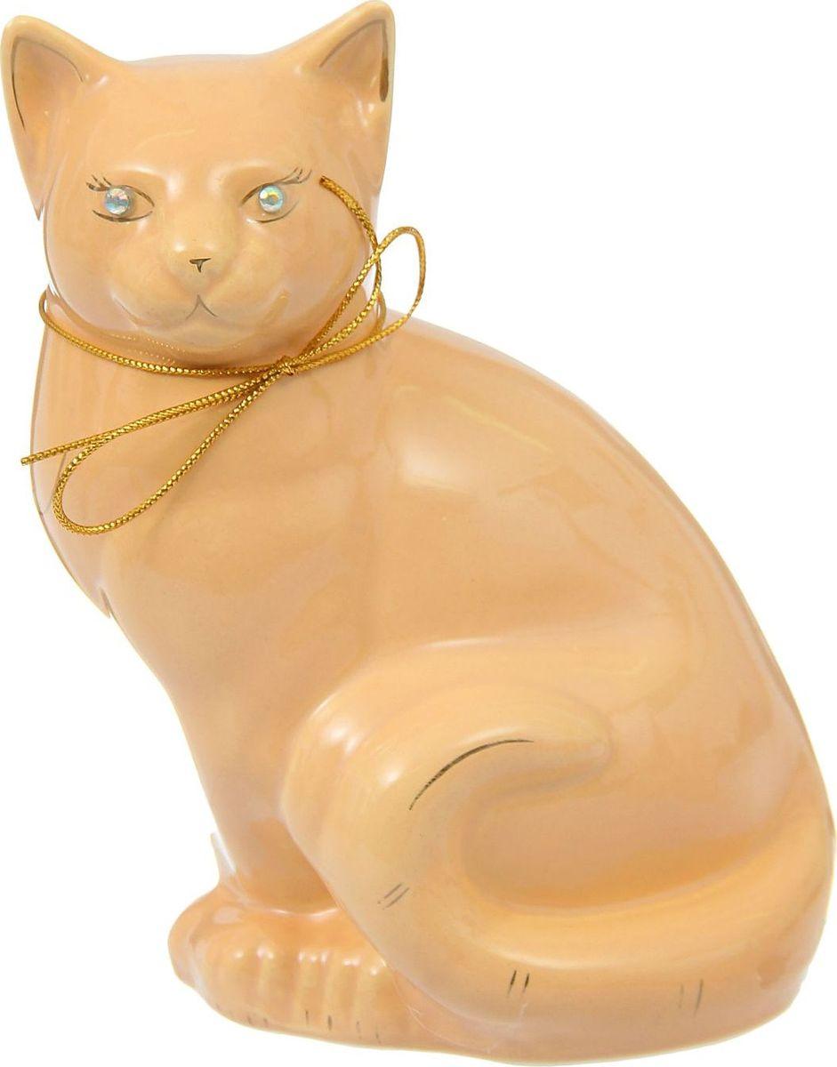 Копилка Керамика ручной работы Кошка Мурка, 12 х 18 х 23 см1256101Женщины любят баловать себя покупками для красоты и здоровья. С помощью такой копилки можно незаметно приблизиться к приобретению желаемого. Образ кошки всегда олицетворял привлекательность и символизировал домашнее спокойствие. Поставьте изделие возле предметов роскоши, и оно будет способствовать их преумножению.