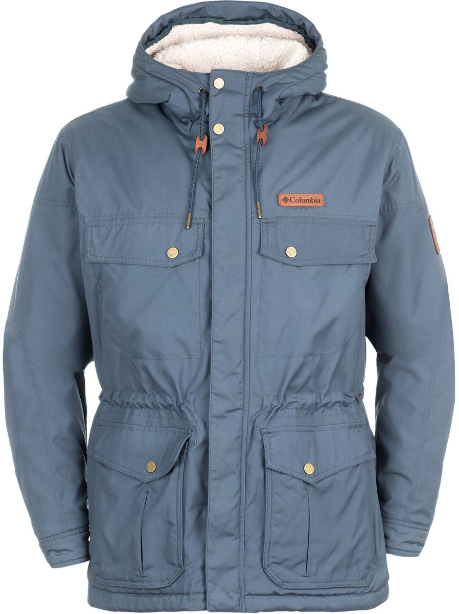 Парка мужская Columbia Maguire Place Ii Jacket M, цвет: темно-синий. 1619751-435. Размер M (46/48)1619751-435Утепленная мужская куртка-паркаMaguire Place Ii от Columbia выполнена из плотного хлопкового материала. Модель имеет не отстегивающийся, регулируемый капюшон, отделанный внутри berber флисом, также спинка модели имеет дополнительное утепление berber флисом. Куртка застегивается на молнию и ветрозащитный клапан на кнопках. С внешней стороны располагаются два накладных боковых кармана и два прорезных кармана на кнопках в области груди. Стильная куртка-парка подойдет для холодной осени и подчеркнет молодежный стиль.
