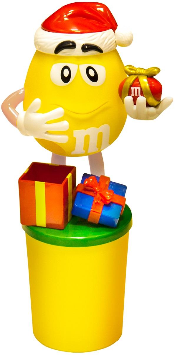 M&Ms and Friends Желтый подарочный набор драже с игрушкой 90 г4607065379940Новогодний набор M&Ms и Друзья - отличный подарок для родных, близких, детей и коллег! Набор включает в себя вкуснейшие драже M&Ms в пластиковом стаканчике, а также игрушку в виде яркого персонажа. Поместите драже внутрь, нажмите на ручку игрушки и разноцветные драже будут высыпаться в небольшую подарочную коробку.