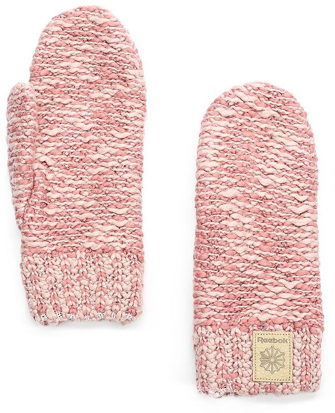 Варежки женские Reebok Cl Womens Gloves, цвет: розовый. CE0743. Размер S (18)CE0743Эти стильные варежки от Reebok прекрасно завершат непринужденный образ. Кожаный классический логотип дополняет продуманный стиль. Идеально для создания стильного образа на каждый день и холодной погоды.