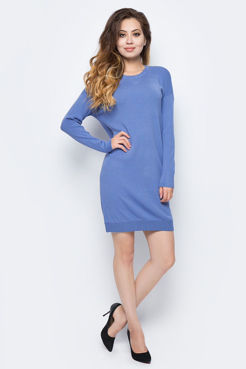 Платье Sela, цвет: серо-голубой. DSw-317/1145-7311. Размер L (48)DSw-317/1145-7311Стильное платье от Sela выполнено из вискозной пряжи. Модель прямого силуэта с длинными рукавами и круглым вырезом горловины.