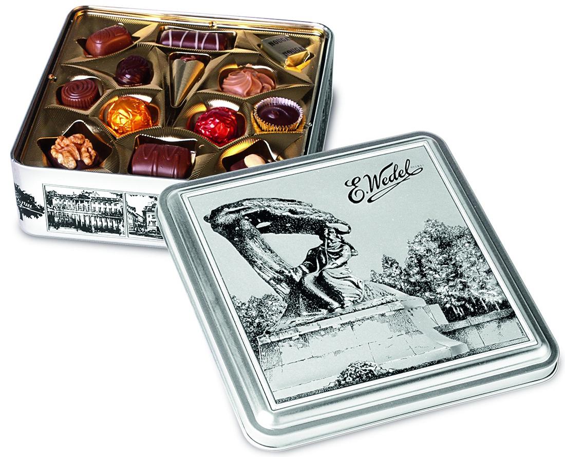 E.Wedel Шопен ассорти пралине шоколадные конфеты, 263 г7.22.26Ассорти изысканных шоколадных конфет. Очень вкусное и нежное лакомство, которое понравится всей вашей семье.