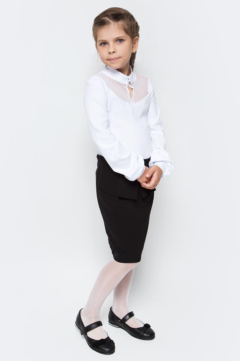 Блузка для девочки Nota Bene, цвет: белый. CJR27046A01. Размер 134CJR27046A01/CJR27046B01Блузка для девочки Nota Bene выполнена из хлопкового трикотажа с кружевной отделкой. Модель с длинными рукавами застегивается на пуговицу.