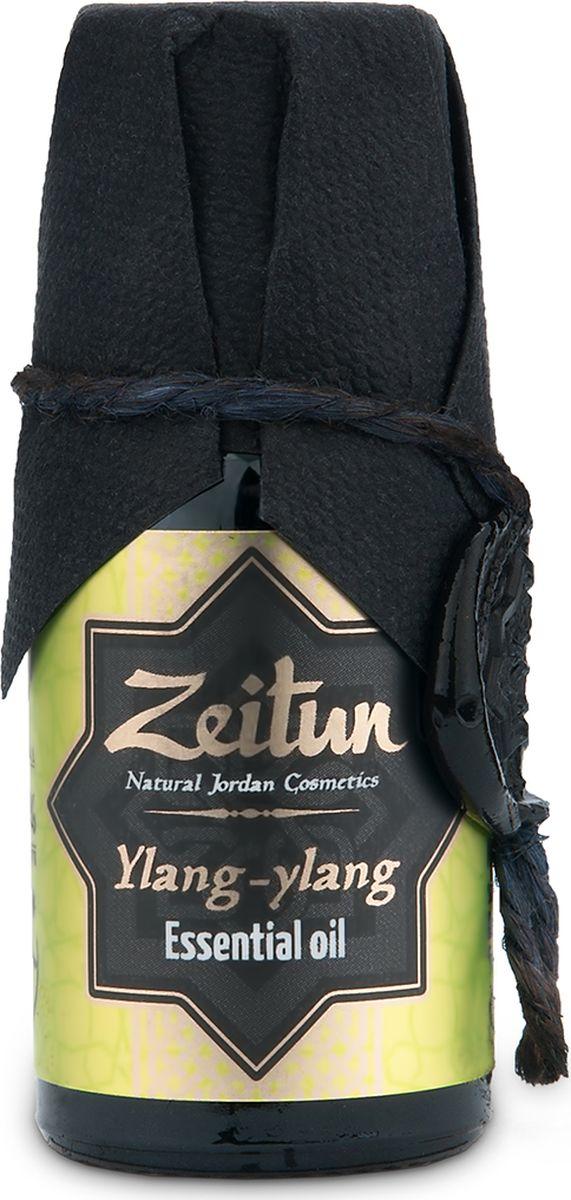 Зейтун Эфирное масло Иланг-иланг, 10 млZ3615Абсолютно чистое, 100% натуральное эфирное масло Иланг-Иланга, произведенное в соответствии со стандартом европейской фармакопеи; по своим качествам и свойствам значительно превосходит дешевые аналоги. Применение в ароматерапии:Эфирное масло иланг-иланга имеет ярко выраженное успокаивающее и расслабляющее действие. Рекомендуется при утомлении, беспокойстве, бессоннице. Традиционный афродизиак, средство для возбуждения полового влечения, применяется при фригидности, половом бессилии. Регулирует уровень адреналина, прекрасно разряжает эмоциональное напряжение, вселяя чувство радости и веселья. Эфирное масло иланг-иланга усмиряет гнев, снимает беспокойство, страх, помогает выйти из состояния шока и паники.Косметические свойства:При любом типе кожи. Регулирует выработку кожного сала. Убирает раздражения на сухой коже. Омолаживает, увлажняет, разглаживает, «полирует» кожу. Подходит для ухода за чувствительной и пористой кожей. Эфирное масло иланг-иланга устраняет угревую сыпь, препятствует преждевременному старению кожи, стимулирует рост новых клеток в глубоких слоях кожи, придает коже упругость, бархатистость и нежность, снимает раздражение и воспаление, оказывает целебное действие при экземах и дерматозах. Эффективное средство против слоящихся и ломких ногтей. Укрепляет волосы, делает их эластичными. Способствует обновлению кожных покровов. Ценится в интим-косметике, помогает сохранить упругость груди.Лечебные свойства:Эфирное масло иланг-иланга снижает мышечный тонус, нормализует коронарный кровоток, иннервацию сердечной мышцы при аритмии, ишемической болезни сердца, устраняет головную боль у людей, склонных к повышенному кровяному давлению, противосудорожное средство. Для мужчин и женщин облегчает протекание климакса. Оптимизирует кровообращение, уменьшает частоту пульса, выравнивает его ритм. Эфирное масло иланг-иланга потенцирует и выравнивает дыхание, сообщая ему большую продуктивность.