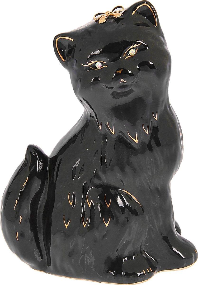 Копилка Керамика ручной работы Кошка Сима, 15 х 20 х 25 см1093910Женщины любят баловать себя покупками для красоты и здоровья. С помощью такой копилки можно незаметно приблизиться к приобретению желаемого. Образ кошки всегда олицетворял привлекательность и символизировал домашнее спокойствие. Поставьте изделие возле предметов роскоши, и оно будет способствовать их преумножению.Обращаем ваше внимание, что копилка является одноразовой.