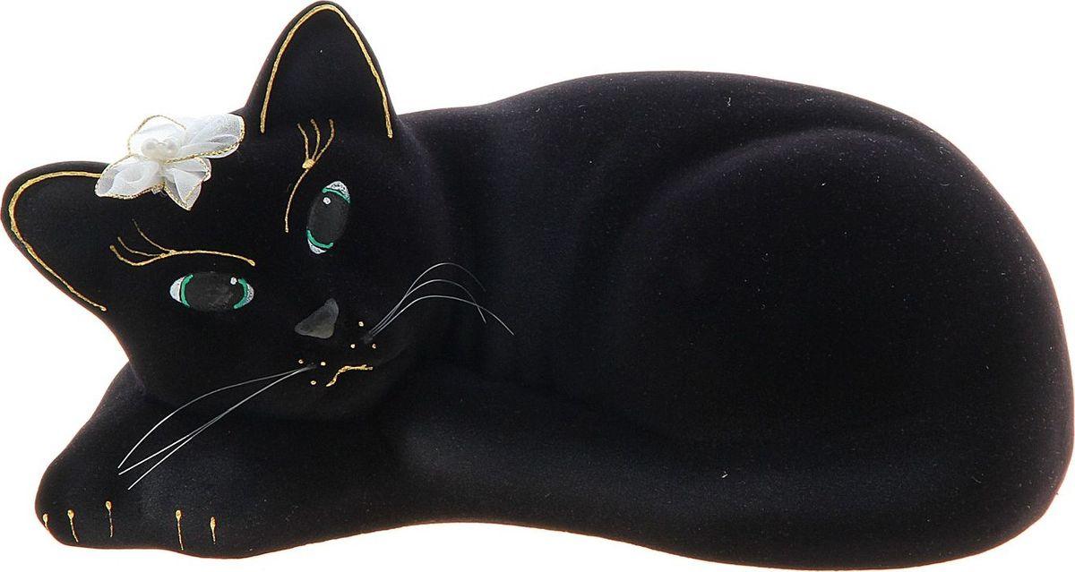 Копилка Керамика ручной работы Кошка Соня, 20 х 12 х 10 см748729Женщины любят баловать себя покупками для красоты и здоровья. С помощью такой копилки можно незаметно приблизиться к приобретению желаемого. Образ кошки всегда олицетворял привлекательность и символизировал домашнее спокойствие. Поставьте изделие возле предметов роскоши, и оно будет способствовать их преумножению.Обращаем ваше внимание, что копилка является одноразовой.