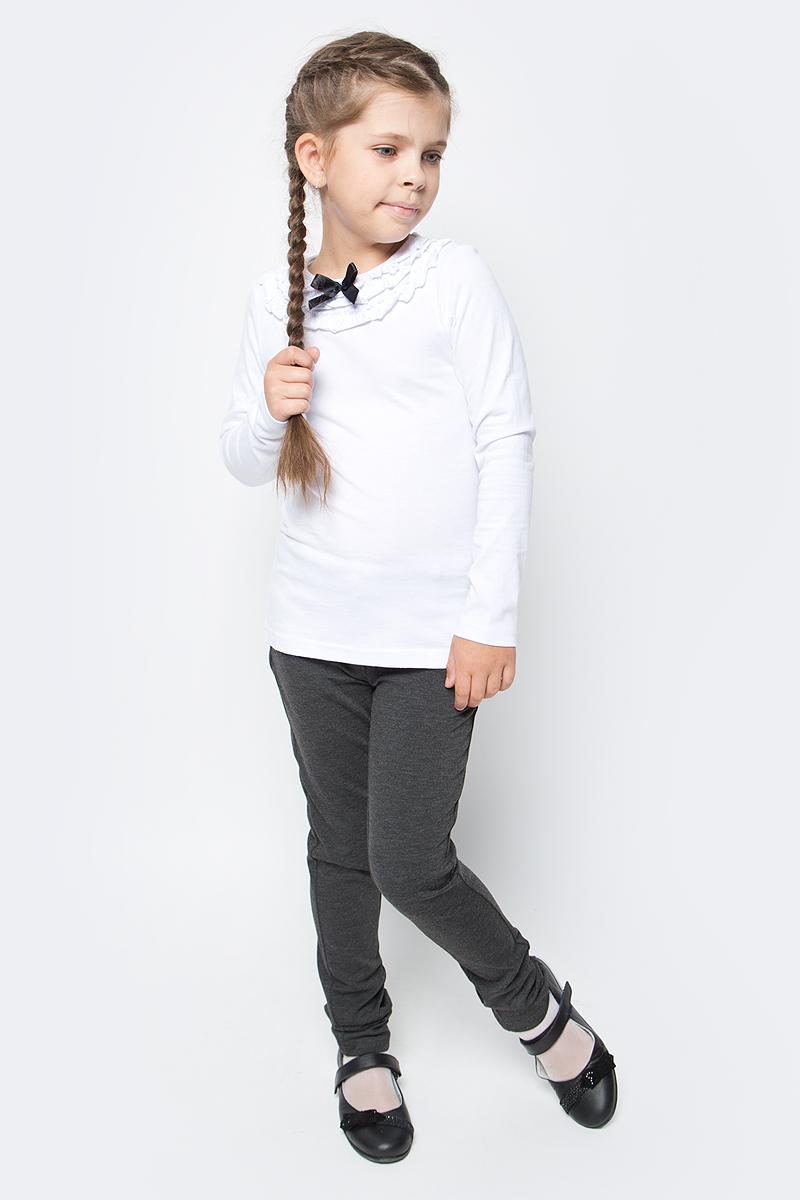 Джемпер для девочки LeadGen, цвет: белый. G980008414-172. Размер 152G980008414-172Джемпер для девочки LeadGen выполнен из эластичного хлопкового трикотажа. Модель с длинными рукавами и круглым вырезом горловины. Вырез горловины декорирован рюшами и контрастным бантиком.