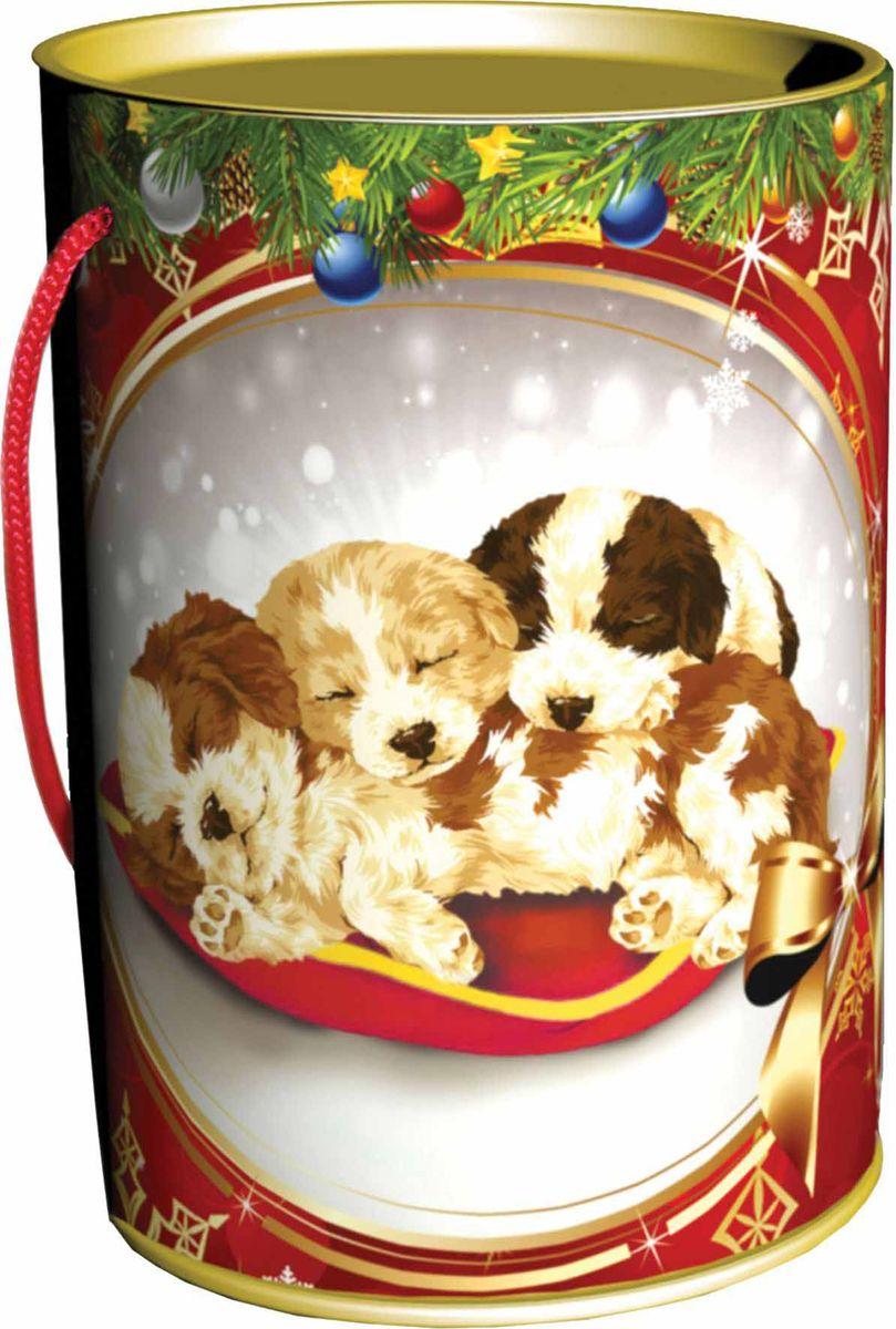 Сладкий новогодний подарок Малыши, в тубе, 300 г1569Сладкие новогодние подарки в тубах являются необычным выбором. Туба как вид упаковки является комбинированным типом, т. к. состоит из картонно-навивного корпуса и жестяных оснований. Такое соединение создает очень прочную и красочную упаковку для