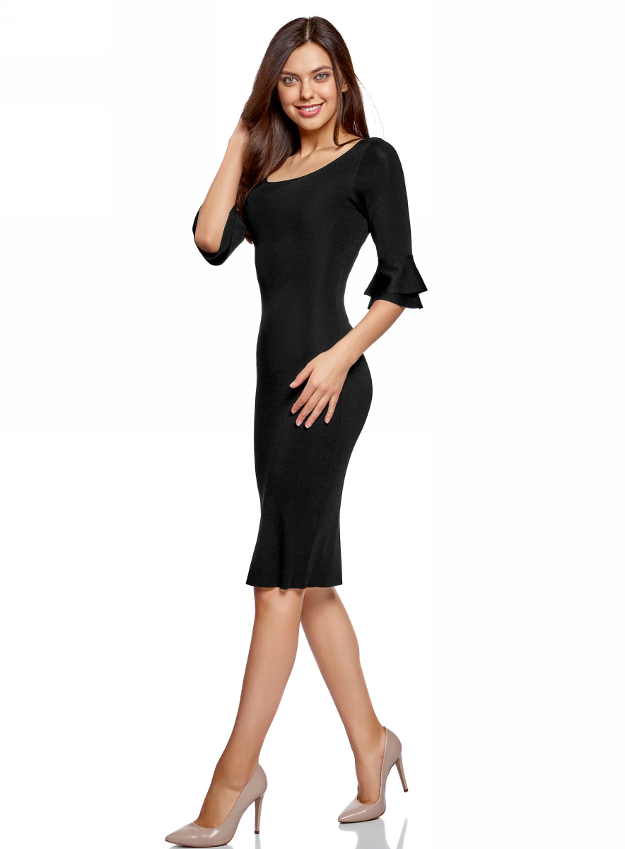 Платье oodji Ultra, цвет: черный. 63912224/47002/2900N. Размер L (48)63912224/47002/2900NПлатье-миди от oodji облегающего кроя выполнено из вискозного трикотажа. Модель с рукавами до локтя и круглым вырезом горловины. Рукава декорированы воланами.