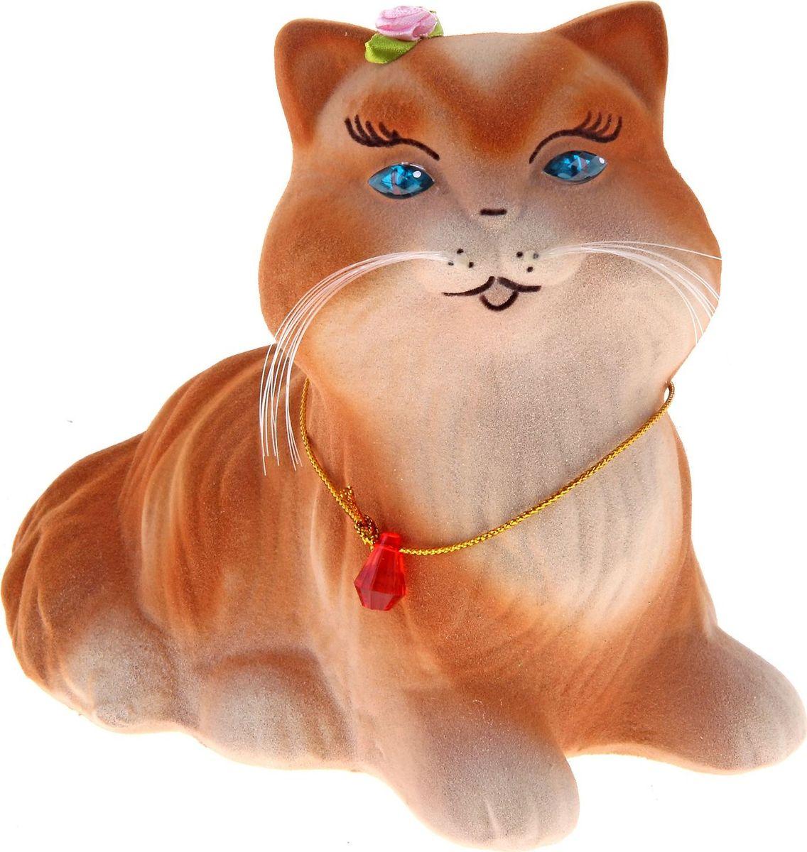 Копилка Керамика ручной работы Кошка Пушистик, 13 х 8 х 15 см172562Копилка-кошка символизирует хитрость. Она поможет своему хозяину быстро скопить желаемую сумму, поэтому не стоит удивляться совсем неожиданным финансовым поступлениям. Очень важно создать уют для своей копилки-кошки. Она любит комфорт, и если вы создадите его, она отплатить сполна.Обращаем ваше внимание, что копилка является одноразовой.