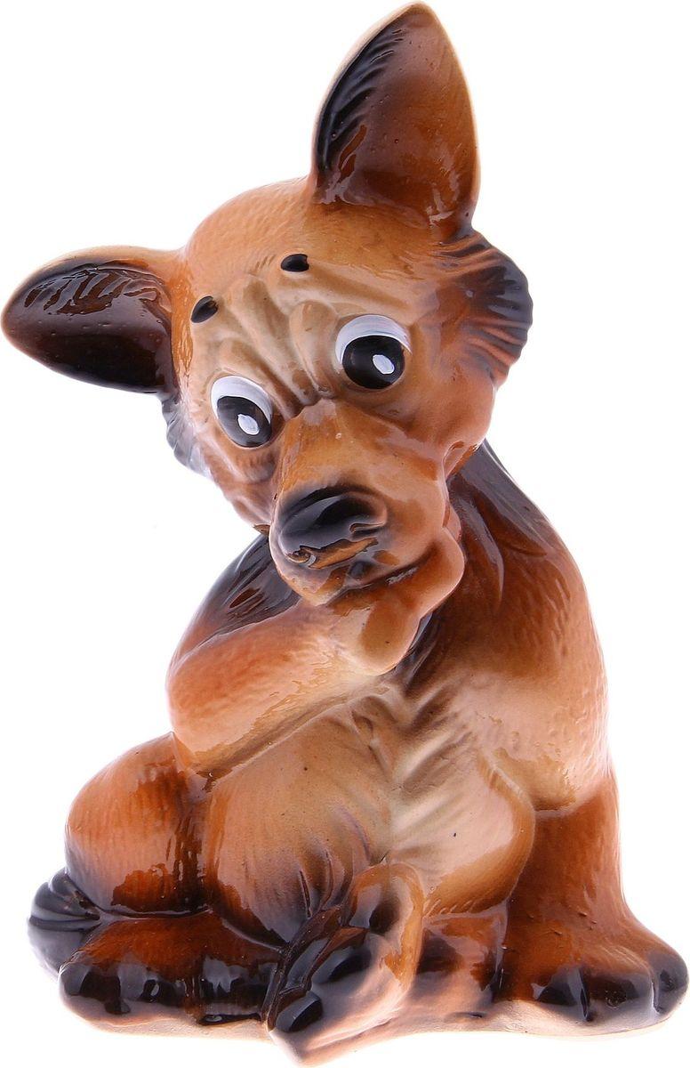 Копилка Керамика ручной работы Собака Тинка, 14 х 8 х 27 см655709Часто бывают срочно необходимы средства. Чтобы не попасть в неловкую ситуацию, начните откладывать! С копилкой у вас всегда будет сумма на чёрный день. Заведите домашнего питомца прямо на рабочем столе! Собака всегда была верным другом, помощником и защитником человека. Изделие в виде этого животного надежно сохранит ваши сбережения.Обращаем ваше внимание, что копилка является одноразовой.