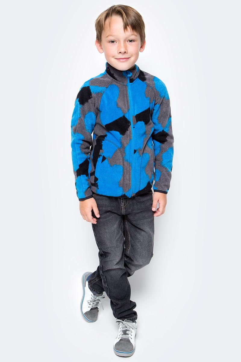 Толстовка флисовая для мальчика Oldos Active Джефф, цвет: черный, голубой. 4К1711. Размер 104, 4 года4К1711Принтованная толстовка OLDOS ACTIVE Джефф на молнии для мальчика выполнена из флиса. Флис имеет двустороннюю антипиллинговую обработку, что позволяет надолго сохранить внешний вид и его основные характеристики. Воротник-стойка хорошо прилегает и закрывает шею ребенка от ветра. Изнутри шов воротника укреплен х/б лентой, что предотвращает деформацию и натирание. Низ рукавов и кофты окантованы эластичной тесьмой, есть карманы. В толстовке будет комфортно и тепло на улице и в помещении. Можно использовать в качестве второго слоя в осенне-зимний период.