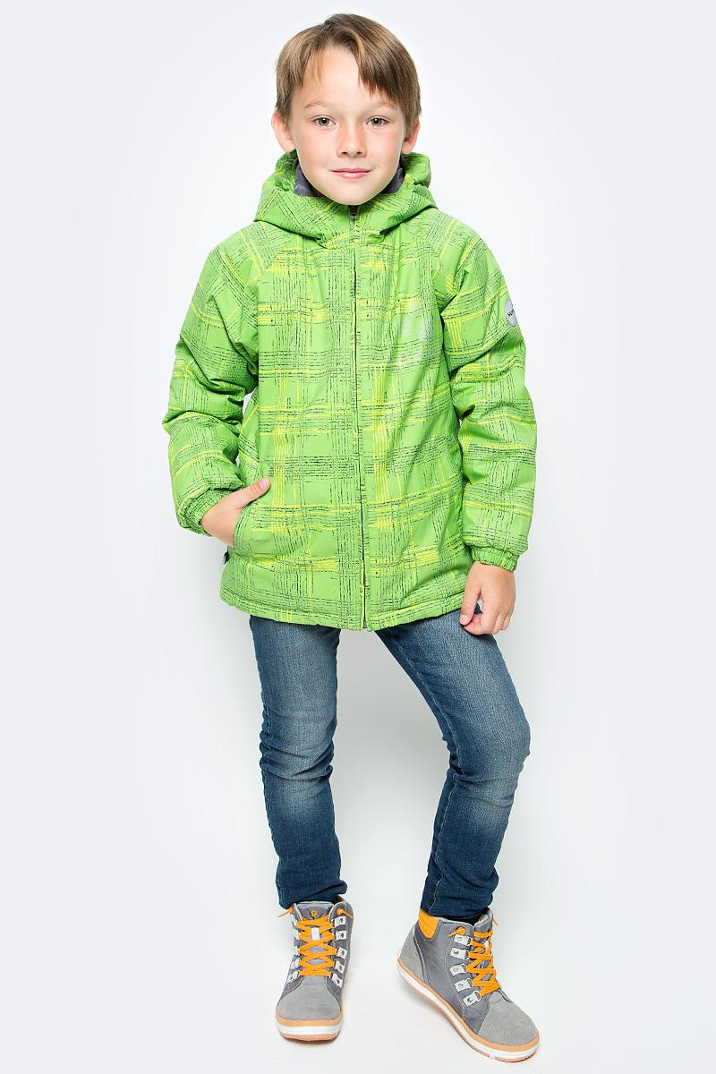 Куртка для мальчика Huppa Classy, цвет: зеленый. 17710030-337. Размер 14017710030-337Куртка для мальчика Huppa изготовлена из водонепроницаемого полиэстера. Куртка с капюшоном застегивается на пластиковую застежку-молнию с защитой подбородка. Края капюшона и рукавов собраны на внутренние резинки. У модели имеются два врезных кармана. Изделие дополнено светоотражающими элементами.Вес утеплителя: 300 г.Температурный режим: от -30 градусов.