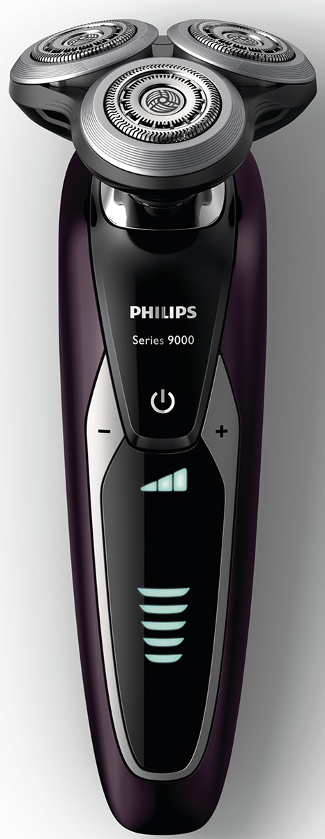 Philips S9521/31 электробритва с системой самоочистки и насадкой-стайлеромS9521/31Запатентованные лезвия V-Track Precision электробритвы Philips S9521/31аккуратно захватывают и направляют волоски любой длины, а также волоски, прилегающие к коже. Обеспечивает на 30 % более гладкое и быстрое бритье, чтобы ваша кожа всегда выглядела безупречно. Новые гибкие головки вращаются в 8 направлениях, максимально точно повторяя контуры лица и требуя меньше усилий при каждом движении. Головки, двигающиеся независимо от бритвенного элемента, захватывают на 20 % больше волосков и обеспечивают более чистое бритье при меньшем количестве движений.Встроенная система двойных лезвий электрической бритвы Philips S9521/31 приподнимает волоски, сбривая их максимально близко к поверхности кожи, что обеспечивает более чистое бритье. Настройки для комфортного бритья позволяют задать ваши личные предпочтения. Вы можете выбрать один из 3 режимов: бережный для аккуратного и тщательного бритья чувствительной кожи, обычный для тщательного бритья изо дня в день и быстрый, который позволит вам максимально сократить время процедурыУплотнение AquaTec электробритвы позволяет выбирать наиболее комфортный способ бритья: сухое бритье или освежающее влажное бритье с использованием геля или пены для бритья. SmartClean PLUS позволяет очищать, смазывать, сушить и заряжать бритву одним нажатием кнопки, что обеспечивает ее оптимальную работу день за днем.Безопасная насадка-стайлер для бороды позволяет создавать самые разнообразные стили: от трехдневной щетины (0,5 мм) до короткой бороды (5 мм). Закругленные края и регулируемый гребень предотвращают раздражение кожи. На интуитивно понятном дисплее отображается вся необходимая информация, что позволяет в полной мере использовать все возможности вашей бритвы: пятиуровневый индикатор аккумулятора, индикатор очистки, индикатор низкого заряда аккумулятора, индикатор сменной головки, индикатор дорожной блокировкиПередовая технология зарядки обеспечивает два удобных ре