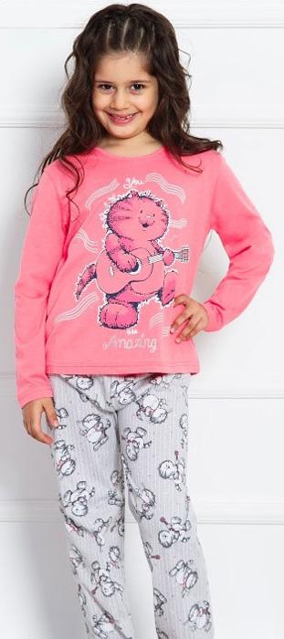 Комплект домашний для девочки Vienettas Secret Кот с гитарой: брюки, лонгслив, цвет: розовый. 703034 3122. Размер 146/152, 11-12 лет703034 3122Комплект домашний для девочки Vienettas Secret изготовлен из натурального хлопка с ярким принтом, состоящий из брюк и лонгслива, идеально подойдет вашей маленькой принцессе. Предметы комплекта очень мягкие на ощупь, не раздражают даже самую нежную и чувствительную кожу ребенка и хорошо вентилируются.