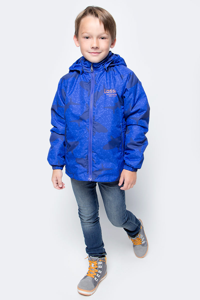 Куртка для мальчика Lassie, цвет: фиолетовый. 721705R669. Размер 92721705R669Куртка для мальчика Lassie с легкой степенью утепления изготовлена из ветронепроницаемого, водо- и грязеотталкивающего материала. Куртка прямого кроя с воротником-стойкой и съемным капюшоном застегивается на молнию с защитой подбородка и дополнительно имеет внутреннюю ветрозащитную планку. Капюшон пристегивается к куртке при помощи кнопок. Капюшон по краям и манжеты рукавов присборены на резинки. Спереди расположены два удобных прорезных кармана липучках. Теплая, комфортная и практичная куртка идеально подойдет для прогулок и игр на свежем воздухе!Температурный режим от 0°С до -10°С.
