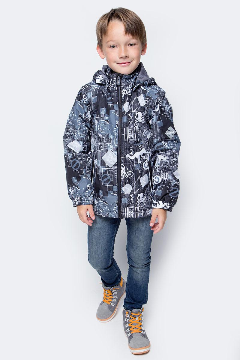 Куртка для мальчика Huppa Jody, цвет: черный, светло-серый. 17000004-72209. Размер 13417000004-72209Куртка с подкладкой для мальчика Huppa c длинными рукавами, воротником-стойкой и съемным капюшоном, выполнена из высококачественного водонепроницаемого и ветрозащитного материала на основе полиэстера. Модель застегивается на застежку-молнию с защитой подбородка спереди. Изделие имеет два прорезных кармана на застежках-молниях. Манжеты рукавов собраны на внутренние резинки. Модель оформлена оригинальным контрастным принтом. На изделии имеются светоотражательные элементы для безопасности в темное время суток.