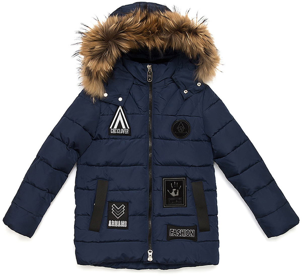 Куртка для мальчика Vitacci, цвет: синий. 1171483-04. Размер 1601171483-04Удлиненная куртка для мальчика Vitacci, изготовленная из полиэстера, станет стильнымдополнением к детскому гардеробу.Подкладка выполнена из полиэстера и дополнительно утеплена флисом по спинке. В качестве наполнителя используется биопух.Куртка застегивается на пластиковую застежку-молнию и имеет съемный капюшон с отделкой из натурального меха. Изделие оформлено декоративными элементами и нашивками.Температурный режим от -10°С до -25°С.Теплая, удобная и практичная куртка идеально подойдет юному моднику для прогулок!