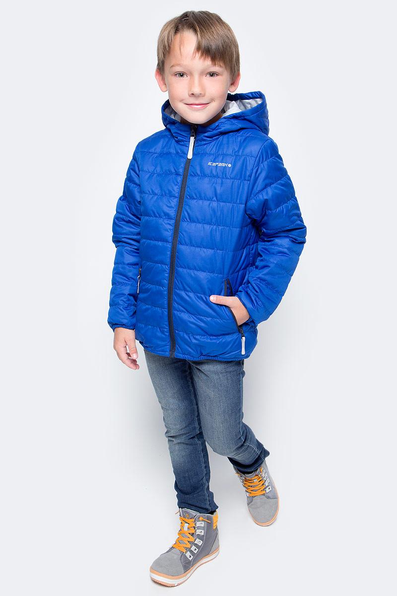 Куртка для мальчика Icepeak, цвет: синий. 750018504IV_350. Размер 128750018504IV_350Куртка для мальчика Icepeak выполнена из качественного материала. Модель с капюшоном и длинными рукавами застегивается на застежку-молнию. Изделие дополнено двумя врезными карманами на молниях.