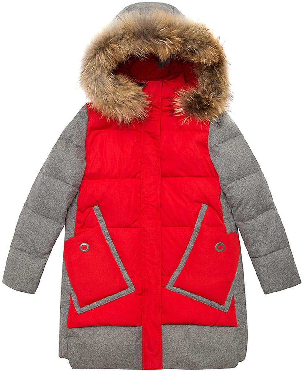 Куртка для девочки Vitacci, цвет: красный. 2171461-05. Размер 1702171461-05Удлиненная куртка для девочки Vitacci, изготовленная из полиэстера, станет стильнымдополнением к детскому гардеробу.Подкладка выполнена из полиэстера и дополнительно утеплена флисом по спинке. В качестве утеплителя используется биопух.Модель застегивается на пластиковую застежку-молнию. Имеет ветрозащитную планку и съемный капюшон с отделкой из натурального меха.Температурный режим от -10 до -25 градусов.Теплая, удобная и практичная куртка идеально подойдет юной моднице для прогулок!