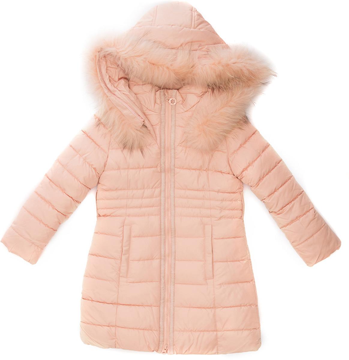 Куртка для девочки Vitacci, цвет: пудровый. 2171479-48. Размер 1282171479-48Куртка-пальто для девочки удлиненная. Капюшон съемный, отделка из натурального меха. Подкладка утеплена флисом по спинке. Наполнитель БИО ПУХ. Температурный режим от -10°С до -25°С