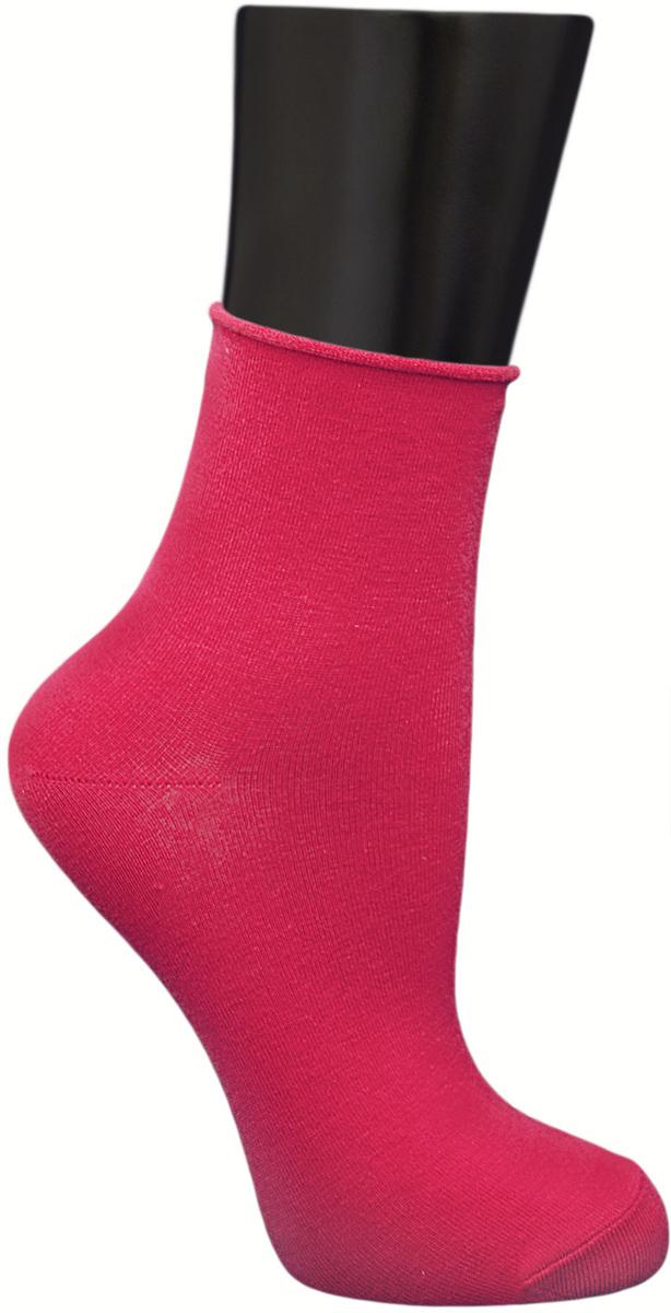 Носки женские Гранд, цвет: малиновый, 2 пары. SCL122. Размер 23/25SCL122Женские носки без резинки по уникальной технологии: - основа материала – высококачественный хлопок; - хорошо держат форму и обладают повышенной воздухопроницаемостью; - мягкие, удобные, эластичные; - ослабленная резинки способствует снятию синдрома тяжести в ногах. Рекомендуются людям, страдающих заболеваниями ног и ведущим малоподвижный образ жизни.В комплекте две пары носок.