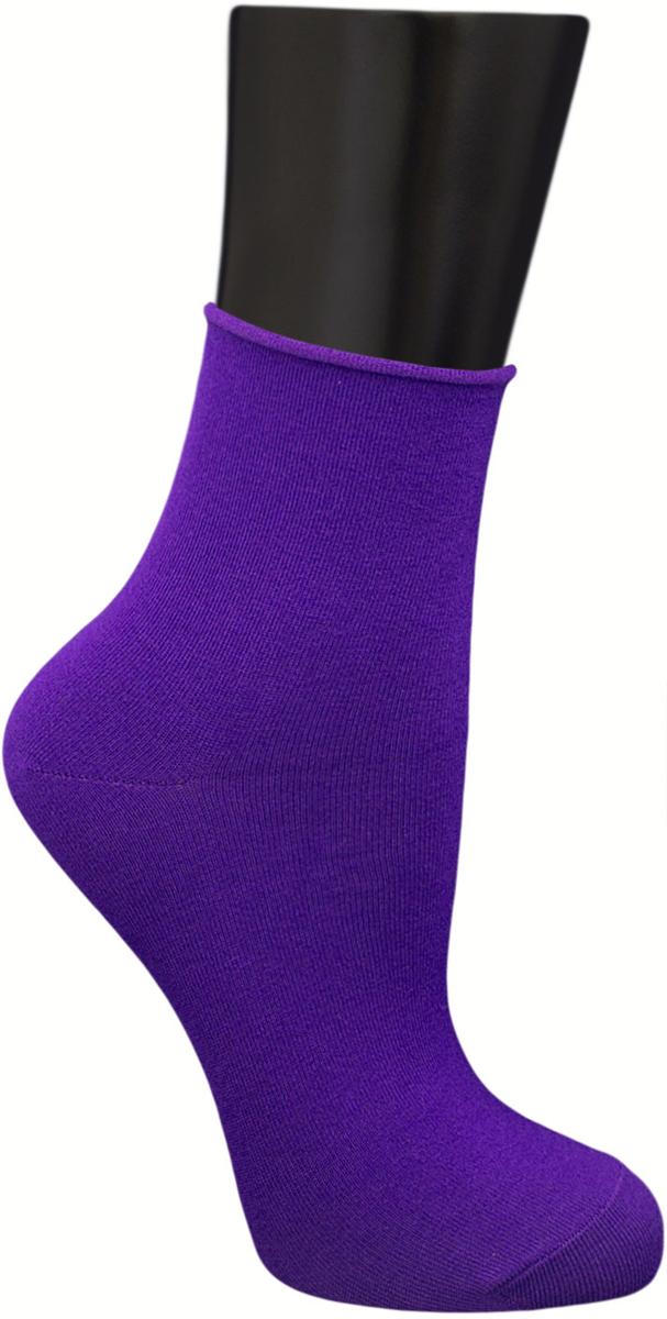 Носки женские Гранд, цвет: фиолетовый, 2 пары. SCL122. Размер 23/25SCL122Женские носки без резинки по уникальной технологии: - основа материала – высококачественный хлопок; - хорошо держат форму и обладают повышенной воздухопроницаемостью; - мягкие, удобные, эластичные; - ослабленная резинки способствует снятию синдрома тяжести в ногах. Рекомендуются людям, страдающих заболеваниями ног и ведущим малоподвижный образ жизни.В комплекте две пары носок.