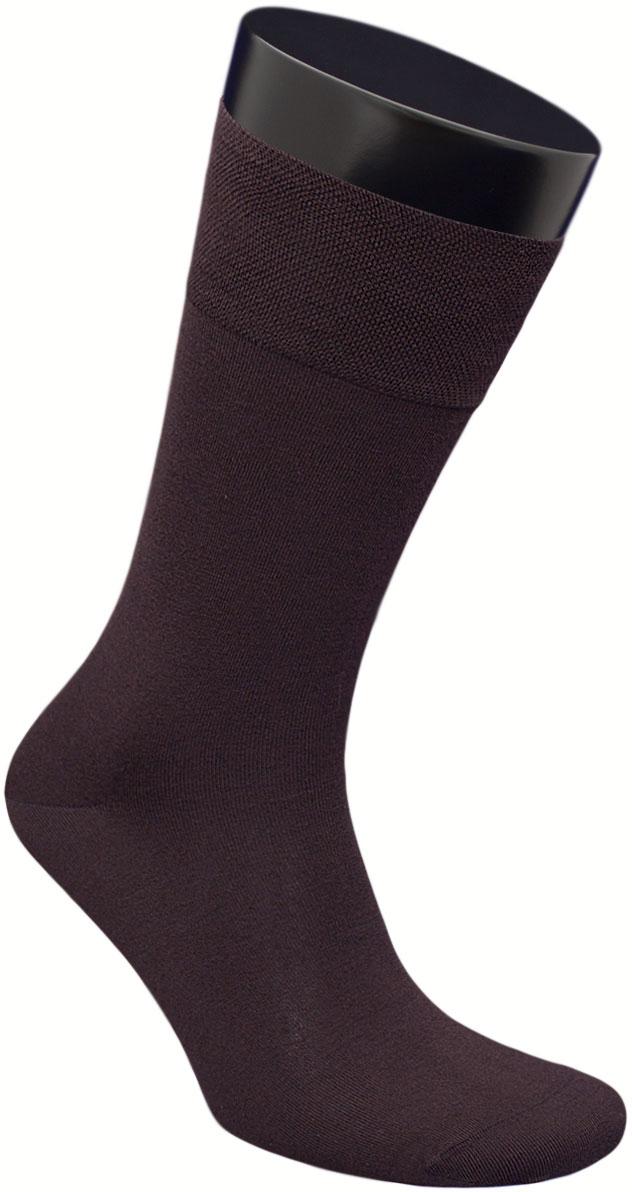 Носки мужские Гранд, цвет: коричневый, 2 пары. ZB160. Размер 25ZB160Элитные, однотонные мужские носки из бамбука: - имеют легкий шелковый блеск; - бесшовная технология зашивки мыска (кеттельный шов); - обеспечивают хороший воздухообмен и антибактериальную защиту; - хорошо впитывают влагу; - мягкая анатомическая резинка; - усилены пятка и мысок. Носки произведены по европейским стандартам на современных итальянских вязальных автоматах «BUSI GIOVANNI».В комплект входят две пары носок.