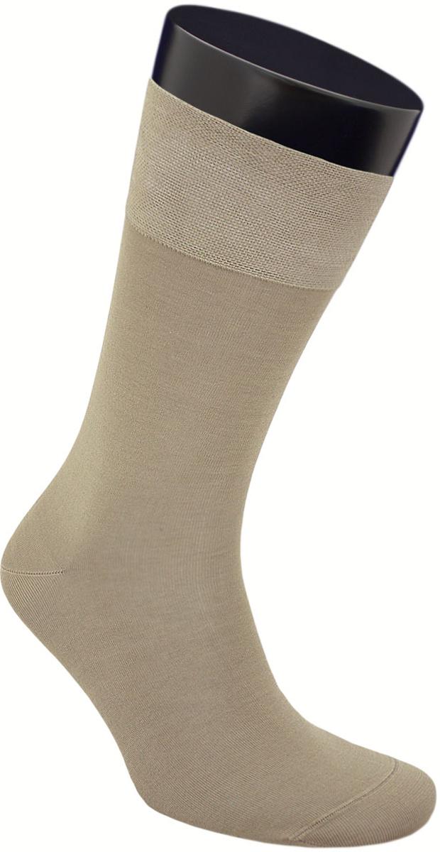 Носки мужские Гранд, цвет: хаки, 2 пары. ZCmr159. Размер 27ZCmr159Элитные однотонные мужские носки из мерсеризованного хлопка: - основа материала – высококачественный хлопок; - бесшовная технология (кеттельный, плоский шов); - обладают повышенной воздухопроницаемостью; - не линяют после многочисленных стирок; - имеют оптимальную высоту паголенка; - мягкая анатомическая резинка; - усилены пятка и мысок. Носки долгое время сохраняют форму и цвет, а так же обладают терморегулирующими свойствами. В комплект входят две пары носок.