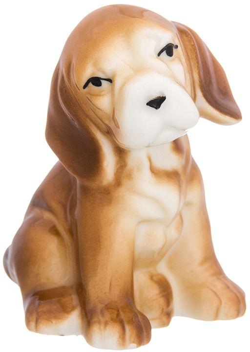 Фигурка декоративная Elan Gallery Бигль, 6 x 5 x 7 см. 330715330715Декоративная фигурка Бигль станет прекрасным дополнением вашего интерьера, а также отличным подарком в наступающем 2018 году, символом которого является по восточному (китайскому) календарю - Желтая Земляная Собака, которая весь год будет на страже вашего благополучия.