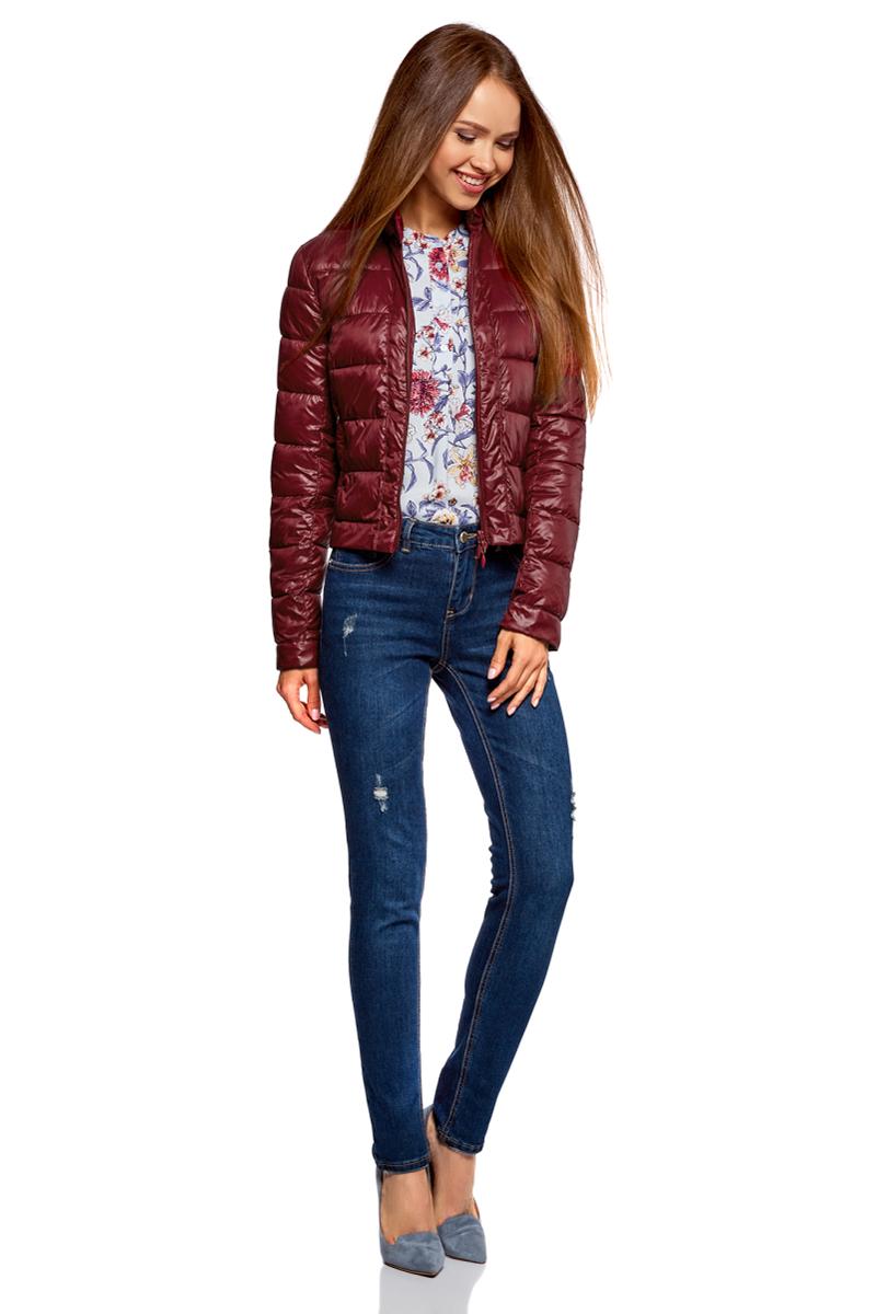 Куртка женская oodji Ultra, цвет: бордовый. 10203038-5B/33445/4900N. Размер 36-170 (42-170)10203038-5B/33445/4900NКуртка женская oodji Ultra выполнена из полиамида. Модель с длинными рукавами застегивается на застежку-молнию и кнопку.