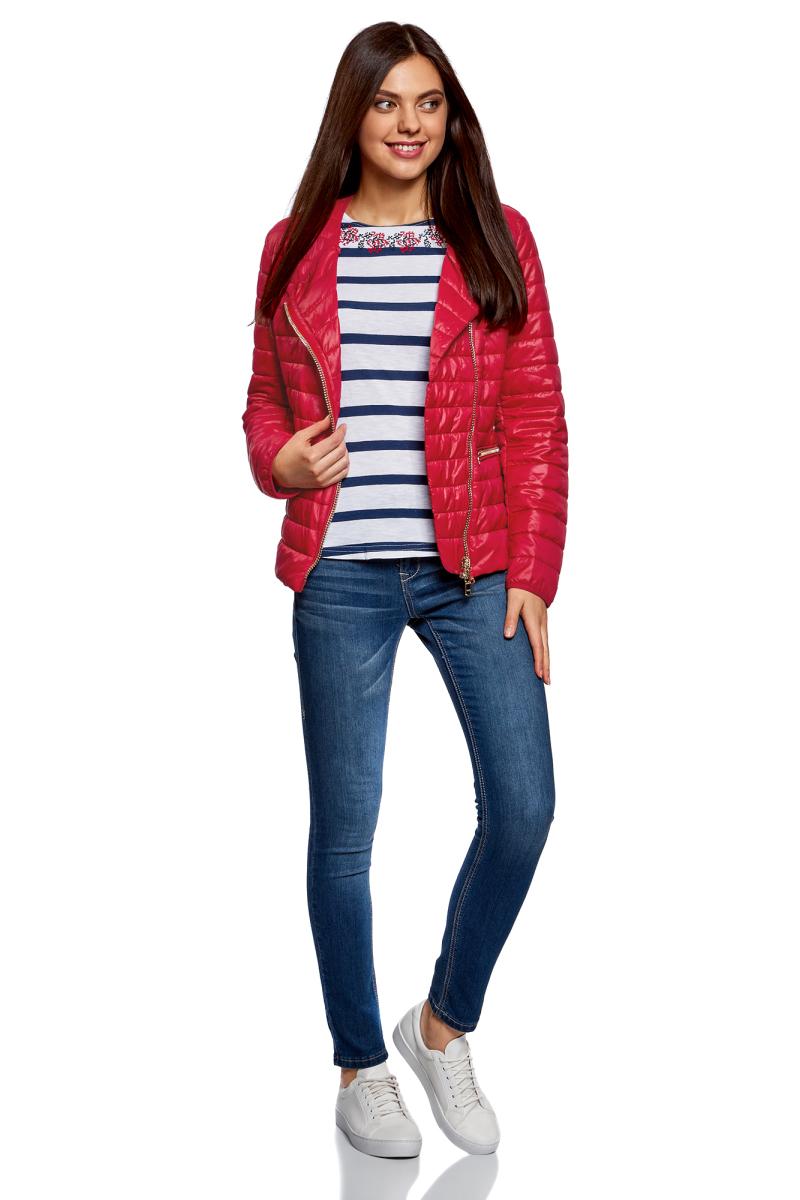 Куртка женская oodji Ultra, цвет: красный. 10204057-1/33445/4500N. Размер 40-170 (46-170)10204057-1/33445/4500NЖенская куртка oodji c длинными рукавами выполнена из прочного полиамида. Модель застегивается на застежку-молнию.